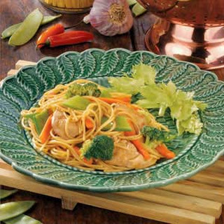 Stir-Fried Chicken and Noodles.