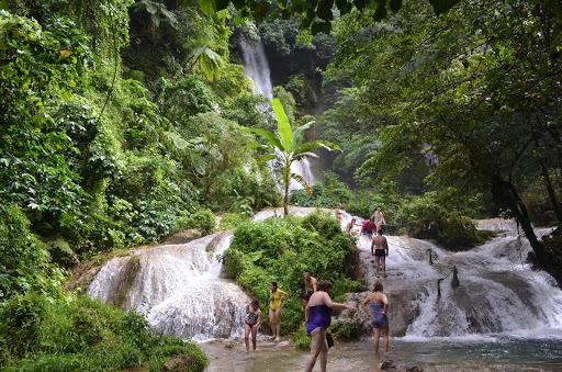 frolic-cascade-falls-vanuatu - Cool off in Cascade Falls, Port Vila on Vanuatu