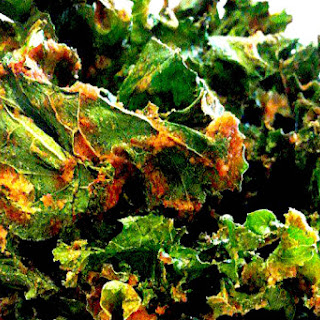 Spicy Kale Chips [Vegan, Raw, Gluten-Free]