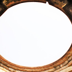 Circular destroyed Arch  by Thakkar Mj - Buildings & Architecture Public & Historical ( gujarat, arch, abondend, destroyed, polo, india, architecture,  )