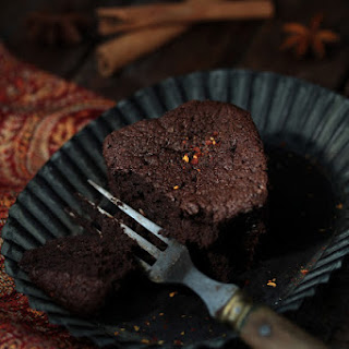 "Aphrodisiac Chocolate Fondant - a Recipe by Sister Josepha from ""Prospoer Codaque's Unorthodox desserts"""