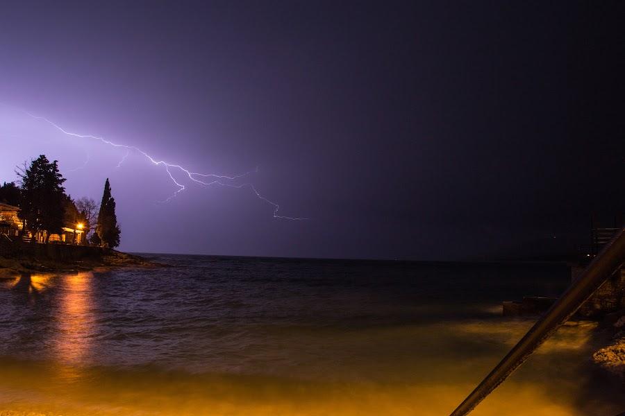 Beach lightning by Luka Milevoj - Landscapes Weather