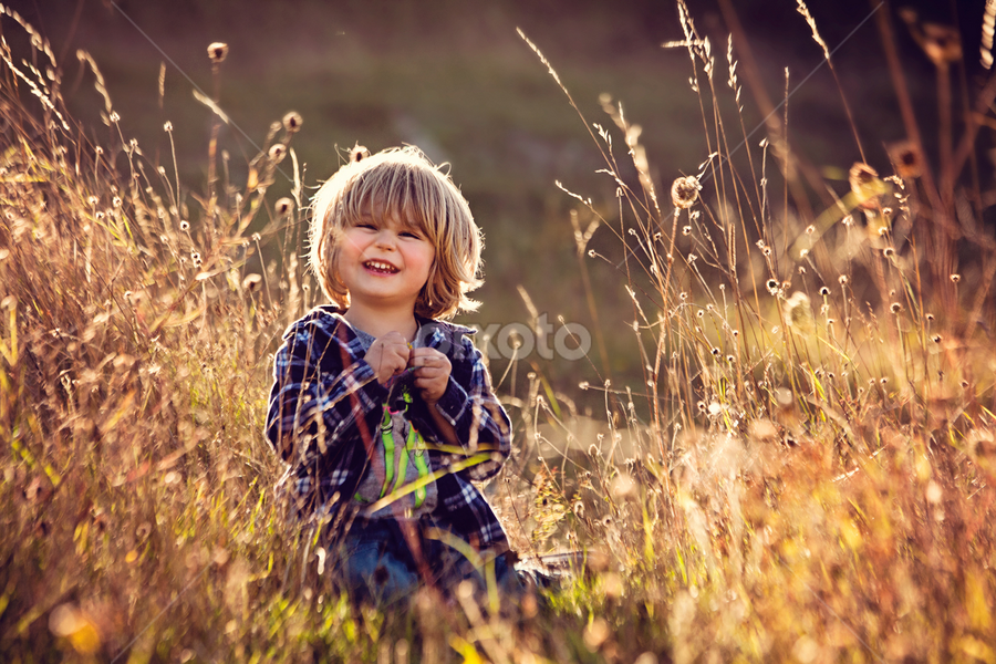 I'm a cheeky Muffin :) by Claire Conybeare - Chinchilla Photography - Babies & Children Toddlers