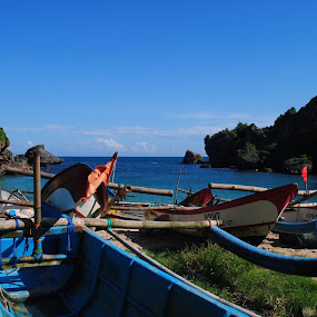 siang di pantai nelayan by Christian Nugroho - Landscapes Beaches