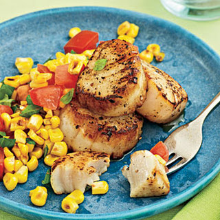 Seared Scallops with Farmers' Market Salad