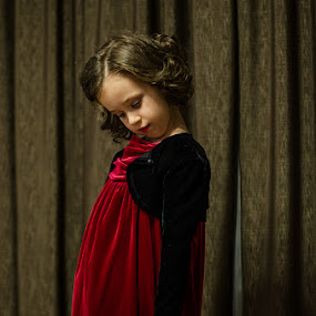 Roses are red by Cristian Manolache - Babies & Children Child Portraits ( rose, red, photo session )