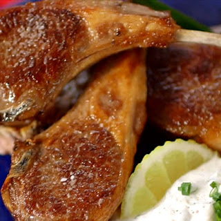 Lamb Chops with Horseradish Yogurt Sauce