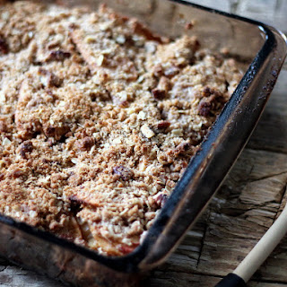 Lightened up Maple-Pecan Apple Crisp