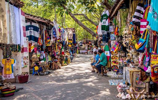 isla-cuale-market-Puerto-Vallarta-Mexico - The colorful Isla Cuale market in Puerto Vallarta, Mexico.