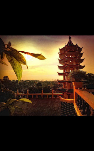 Chinese Temple Live Wallpaper