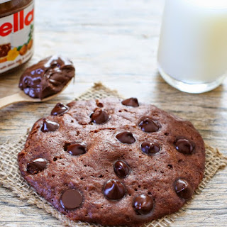 Microwave Nutella Cookie.