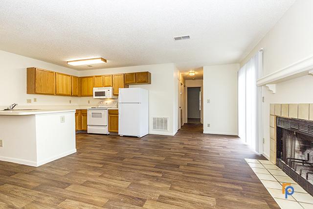 2 Bed 2 Bath Duplex Bridgeport Apts In Kansas City