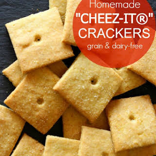 "Homemade""Cheez-Its®"" Crackers (grain & dairy-free)."
