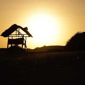 Gubuk di pantai parangtritis by Dayan Ramly - Novices Only Landscapes