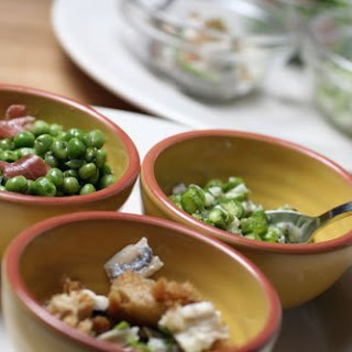 Peas with Prosciutto & Mint