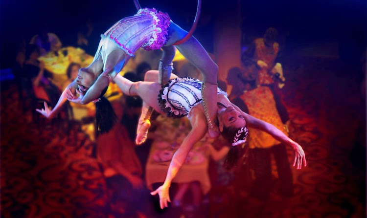 The Cirque Dreams Epicurean show features aerialists, acrobats, musicians and audience participation during each Norwegian Epic cruise.