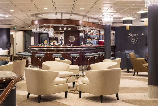 Crystal-Symphony-Cove-Bar - Grab a drink and meet new people at the newly refurnished and upgraded Cove Bar aboard Crystal Symphony.