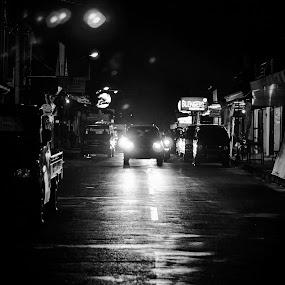 Wet Street by Pak'de Blangkon - City,  Street & Park  Night ( car, night photo, night photography, solo, street, night, java, street photo, street photography )