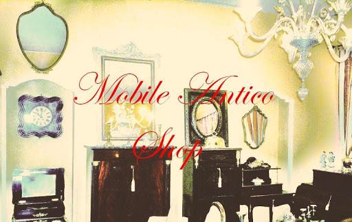 mobile antico shop
