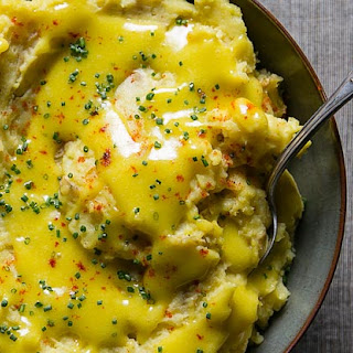 Aïoli Mashed Potatoes with Chives