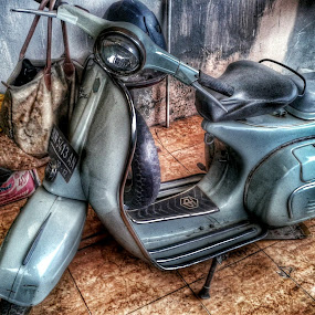 my vespa, my ride by Windu Fidyanto - Transportation Motorcycles