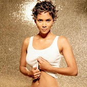 Halle Berry Live Wallpaper