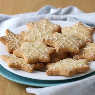 Lemon Almond Shortbread Snowflakes.