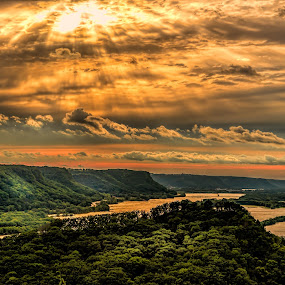 Perrot State Park by Ray Weigand - Landscapes Mountains & Hills ( wisconsin, 2014, mississippi river, state park, perrot )