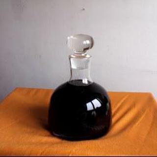 Blackcurrant Liqueur (Crème de cassis).