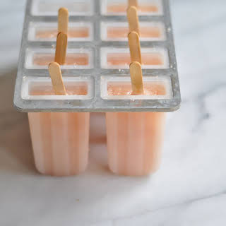 Three Ingredient Grapefruit Popsicles/ Paletas.