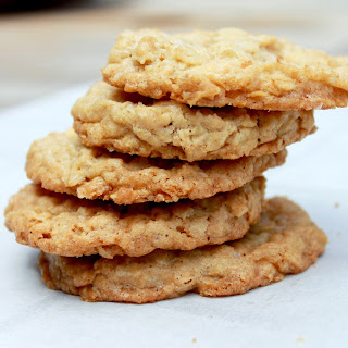Vanishing Oatmeal Cookies .