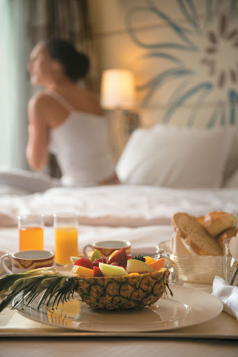 Is there room service in paradise? Oh, yes. Wake up and enjoy breakfast in your balcony stateroom aboard Paul Gauguin Cruises' Tere Moana.