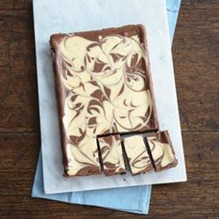 PHILADELPHIA Chocolate-Vanilla Swirl Cheesecake Recipe