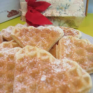 Pizzelles with a Sweet Filling.