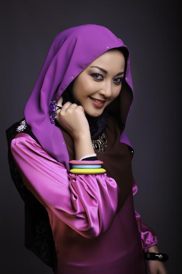 by Haniff Hazim - People Fashion