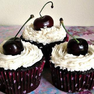 Black Forest Cupcakes aka Blackhawk Stanley Cupcakes
