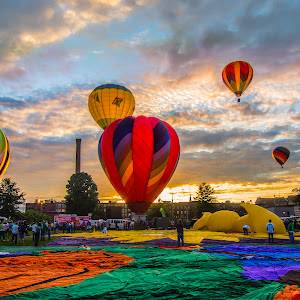 2014 Great Falls Balloon festival; Lewiston, Maine.jpg