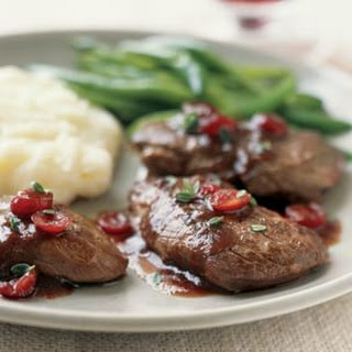Medallions of Venison with Cranberry-Port Sauce