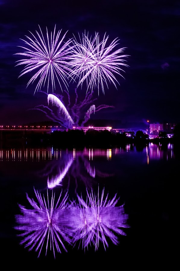 Fireworks 2013 in Pilsen 6 by Martin Zenisek - Abstract Fire & Fireworks ( mirror, water, pilsen, fireworks, night,  )