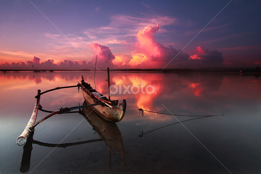 on the one hands by Nghcui Agustina - Transportation Boats
