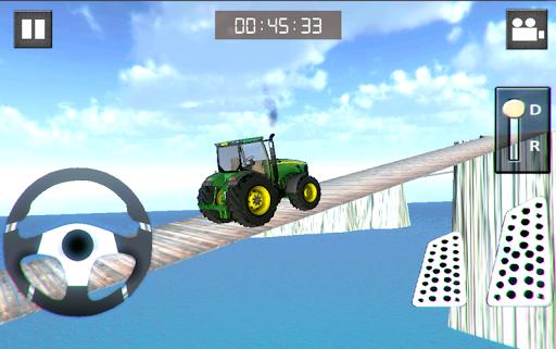 4x4のトラクターヒルクライムの3D