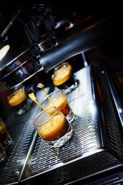 台南 新光三越中山店周邊 - 艾咖啡 V2.0 [咖啡館][甜點]