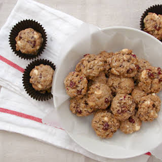 White Chocolate, Cranberry and Apple Oatmeal Cookies.