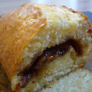 Crispy Soft Cake with Daim Bars