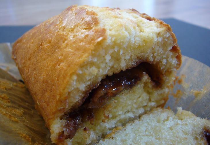 Crispy Soft Cake with Daim Bars Recipe