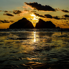 Holywell Bay by Lynnie Adams - Landscapes Sunsets & Sunrises ( silhouette, sunset, beach, cornwall,  )