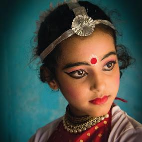Sweet Girl by Avanish Krsna Das - People Portraits of Women ( girl, photobyavanish, portraits )