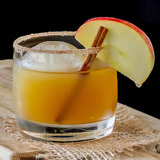 Bourbon Apple Cider Cocktail.