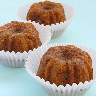 Caramel Mini Bundt Cakes