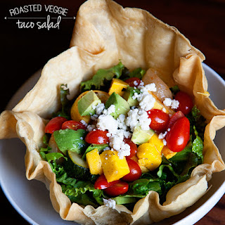 Roasted Veggie Taco Salad // Easy Weeknight Dinners
